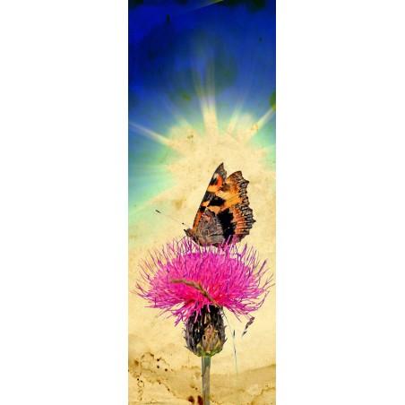 Decor de porte papillon sur une fleur