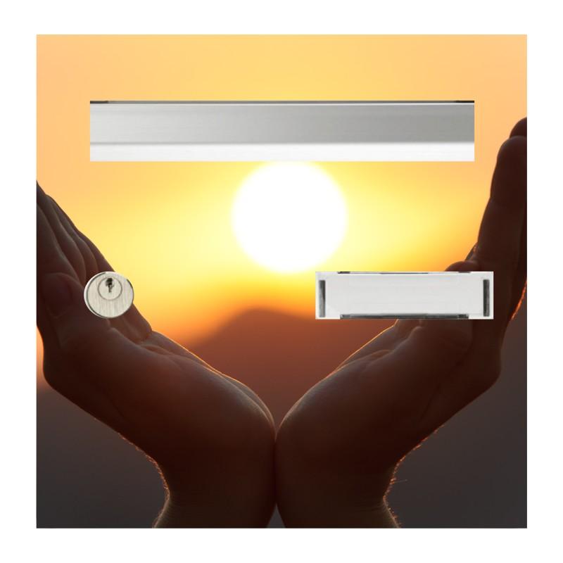sticker boîte au lettre mains et soleil